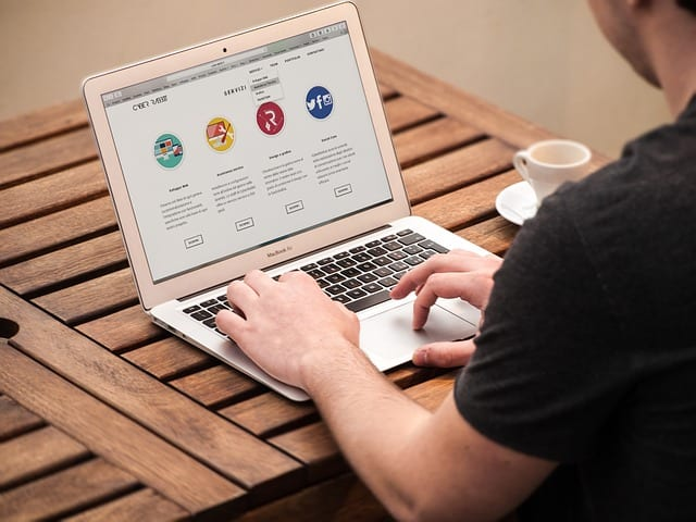 Back To School: 15 Freelance Jobs For Students To Make Money